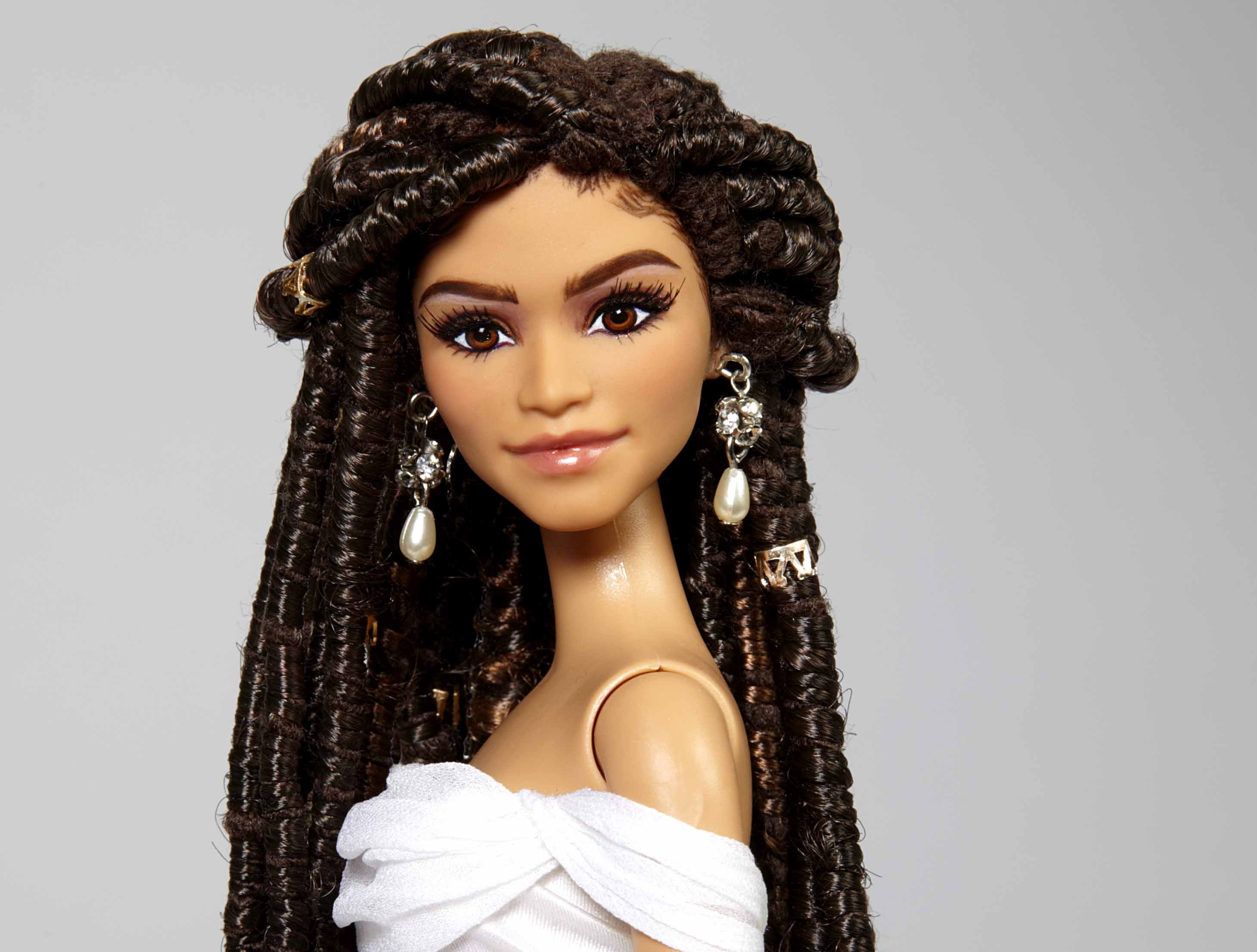 Dreadlocks hair dreadlocks pinterest - Zendaya S Now A Barbie 5 More Celebs I Want Barbie Fied