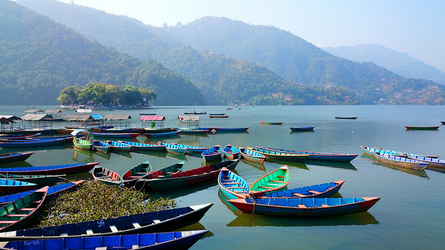 Boats at Lake Phewa in Pokhara, Nepal by Mario Micklisch (Flickr/Creative Commons)