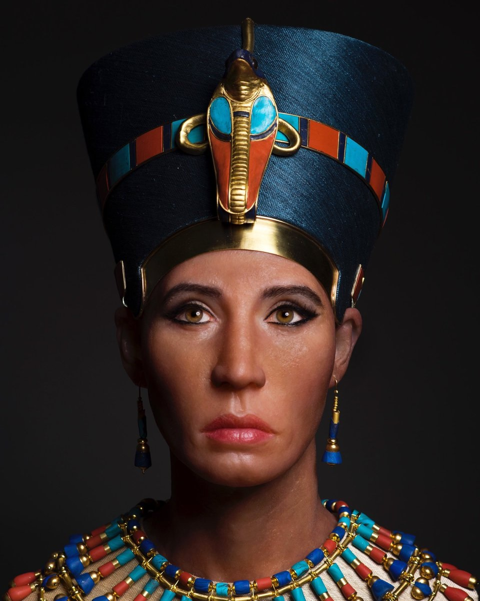 A bust depicting a forensic reconstruction of the Younger Lady, now believed to be Nefertiti.