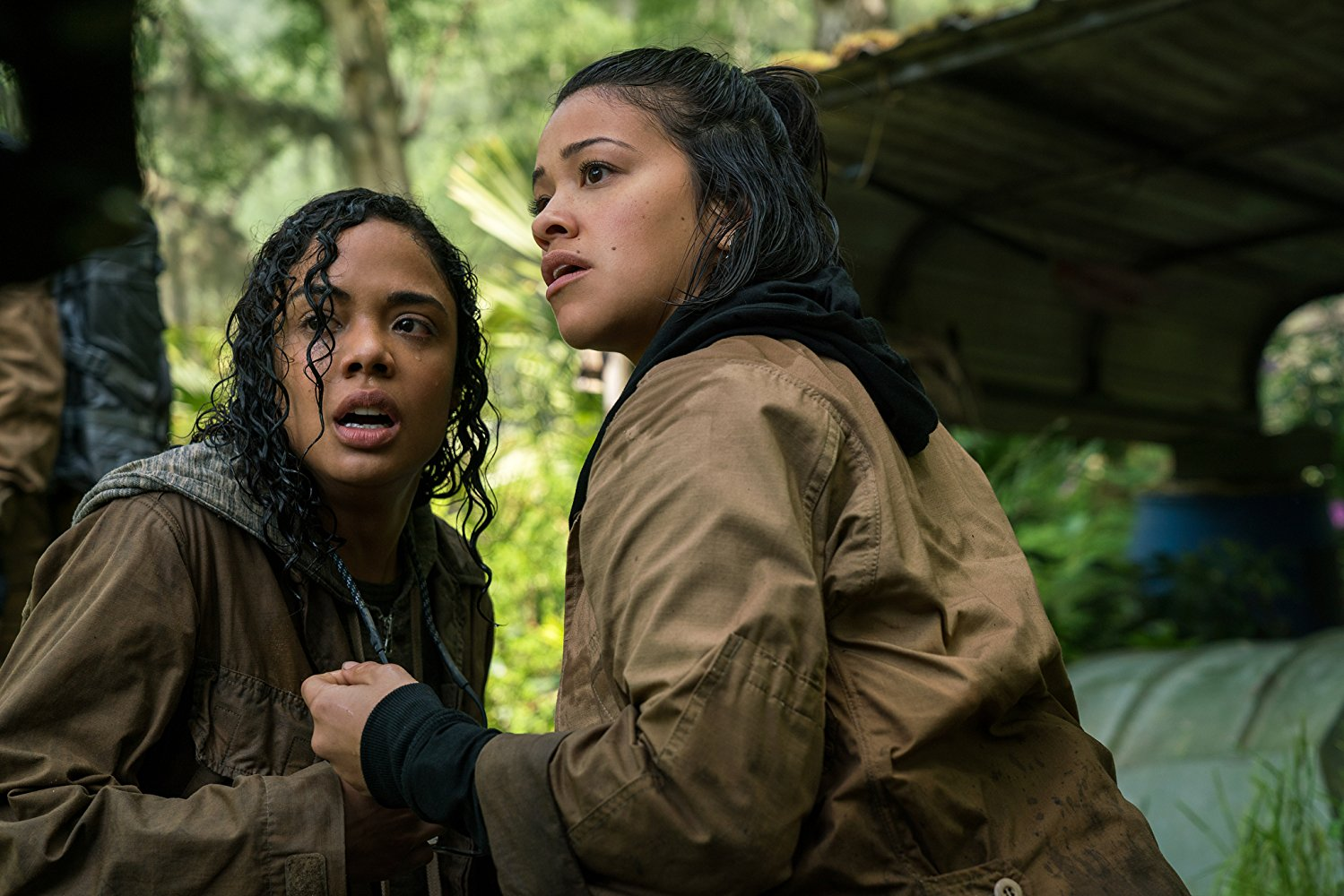 Tessa Thompson and Gina Rodgriguez in Annihilation