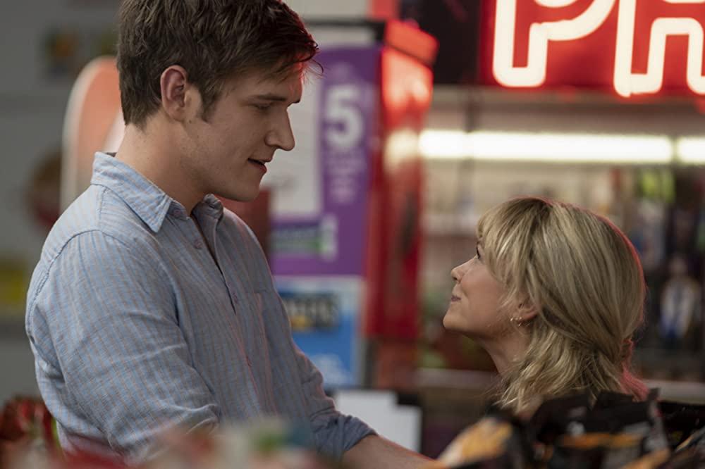 Bo Burnham and Carey Mulligan in Promising Young Woman. (Photo credit: Focus Features)