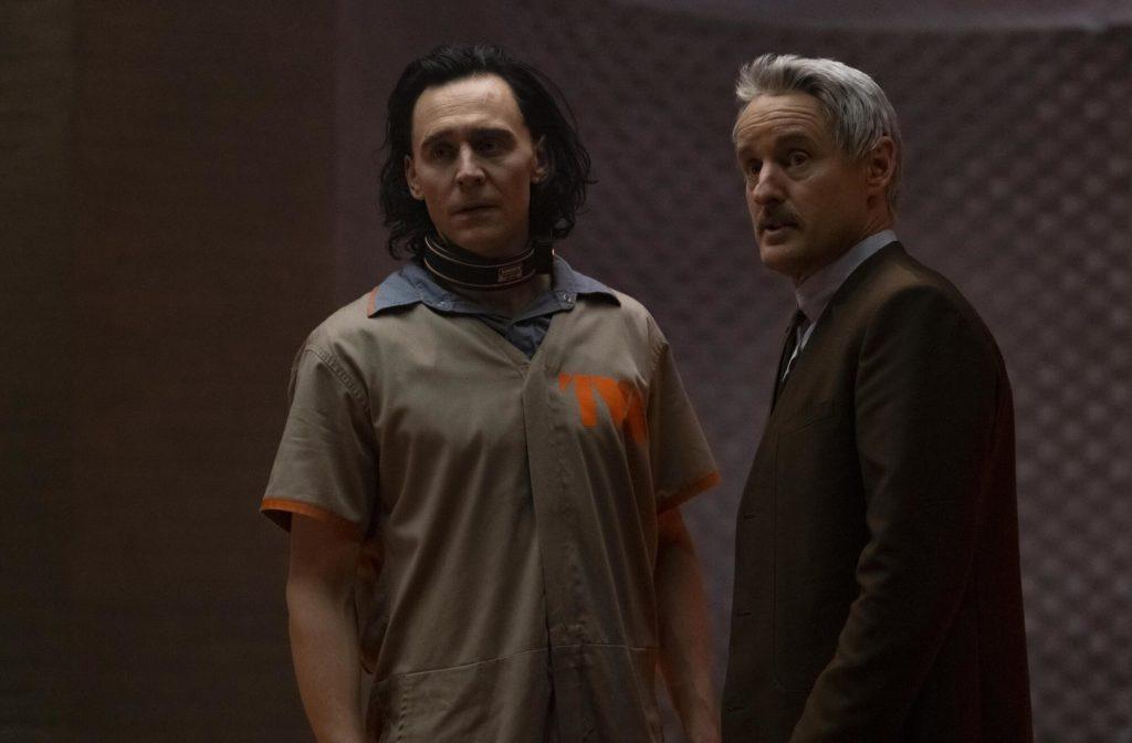 (L-R) Tom Hiddleston as Loki, Owen Wilson as Agent Mobius (Chuck Zlotnick)